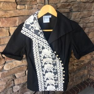 Finley Black & Cream Short Sleeve Blouse